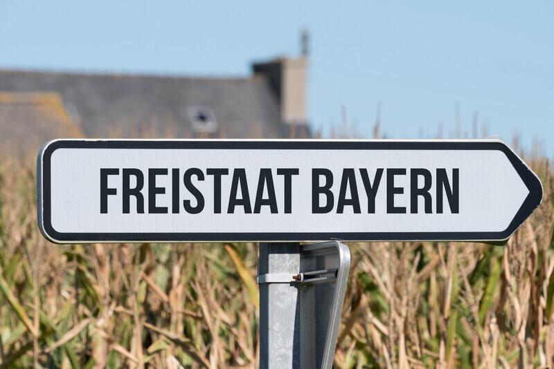 Wegweiser für den Freistaat Bayern